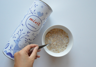 National Oatmeal Day With mixit.ca