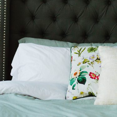 Feeling groggy? Tired? Stay fabulous and thriving with these tricks for a better night's sleep.