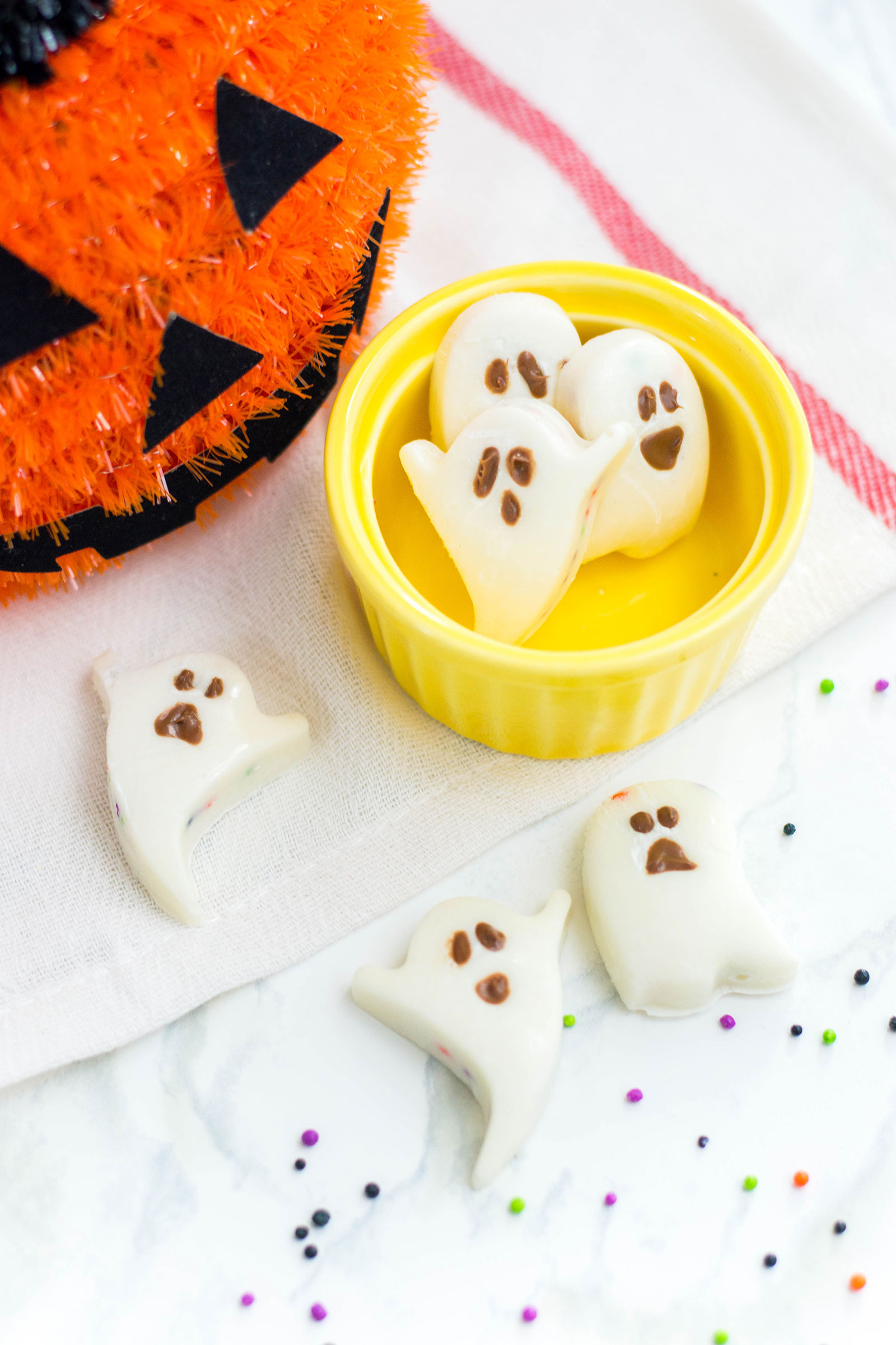White Chocolate Ghosts with a Candy Filling