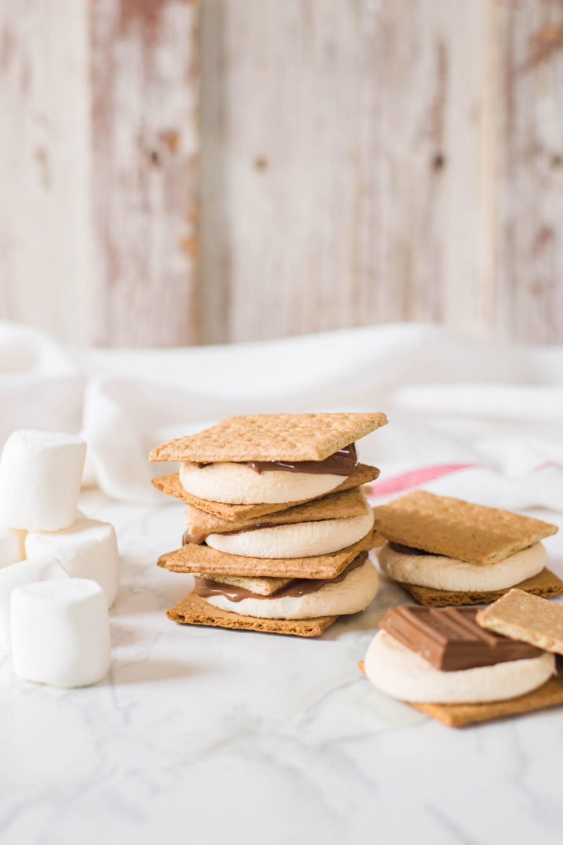 Ladies and gents, here are 10 of the best s'mores recipes - yup, you read right! Sweet treats inspired by your favorite campfire treat. #smoresrecipes
