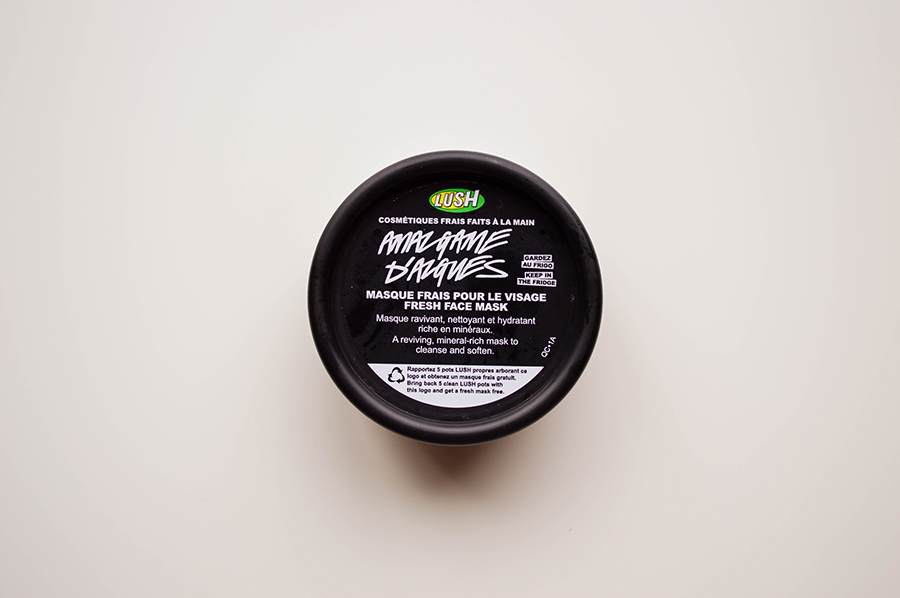 Reviewing Lush's BB Seaweed face mask - because every mama deserves a treat!