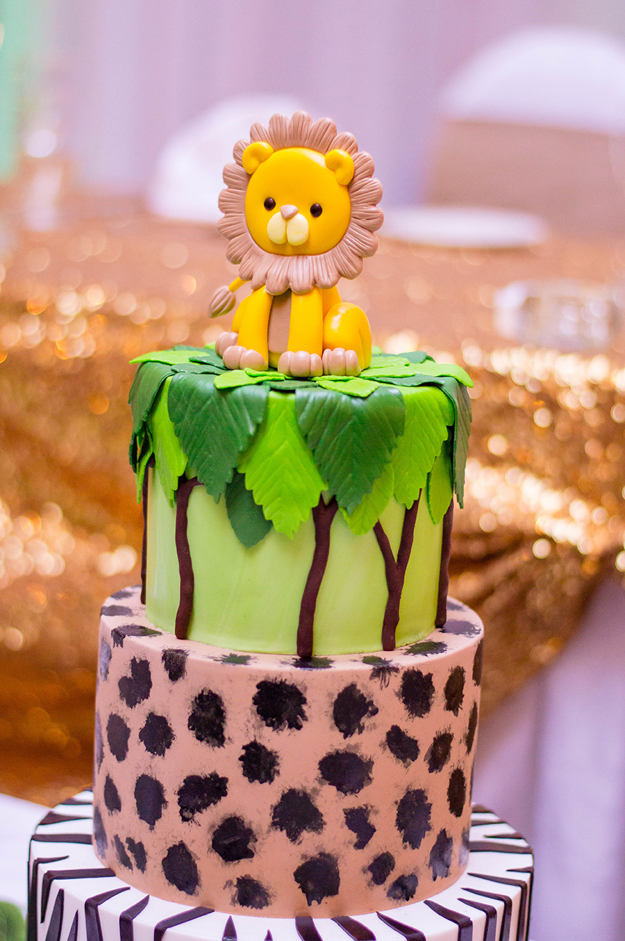 Partnering up with Party Expert to create the most jungle-worthy sweet table... ever!
