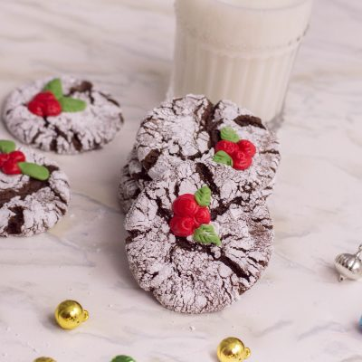 Holly Crinkle Cookies: The Cutest Cookies You'll Make This Season