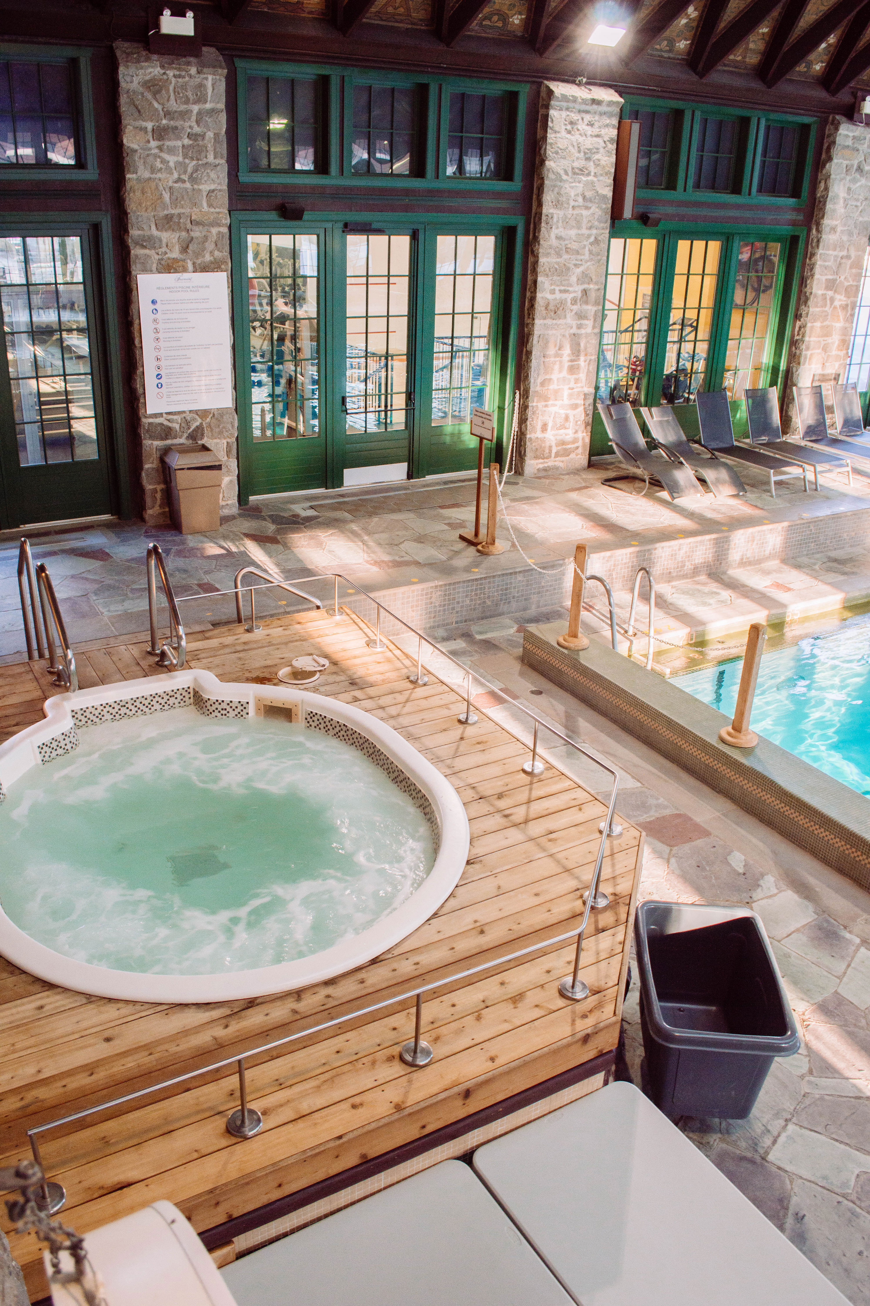 A full review on one of Quebec's most beautiful resorts: Fairmont le Château Montebello