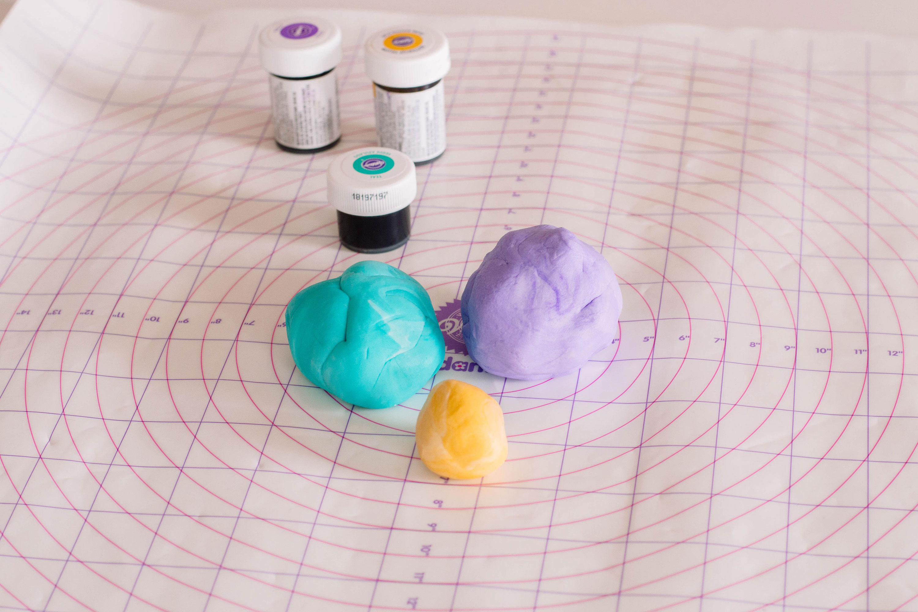 Coloured fondant to make Aladdin-inspired Princess Jasmine Cupcake Toppers