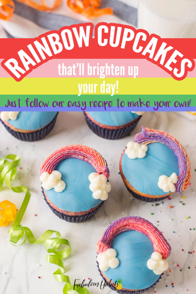 How to make Rainbow Cupcakes (perfect for St. Patrick's Day!) #rainbowdesserts