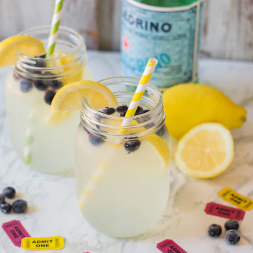 Sparkling Lemonade with Blueberries